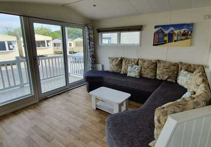 1238 - Willerby Summer House ( 2013)-image-2