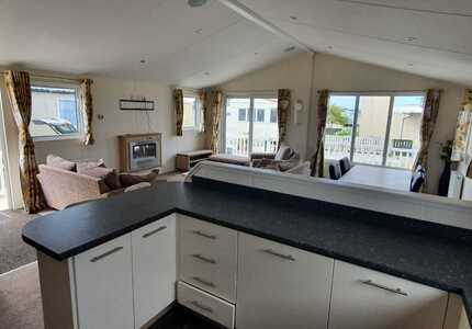 1693 Willerby Clearwater Lodge ( 2014)-image-5