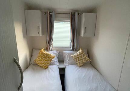 1955 Willerby Isis ( 2012)-image-6